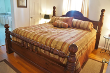 chesapeake bay rental king bed